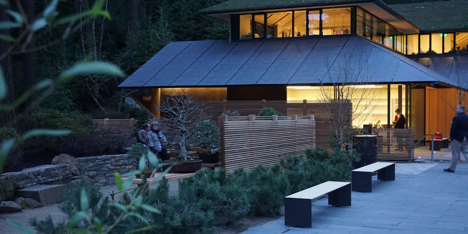 Evening View of the Garden House. Photo by Tyler Quinn
