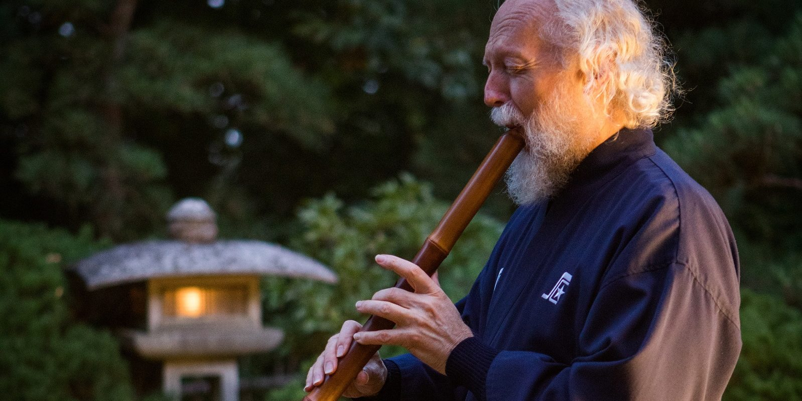 Larry Tyrrell performing shakuhachi at the Moonviewing Festival